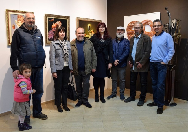 художници-реализъм-галерия Париж