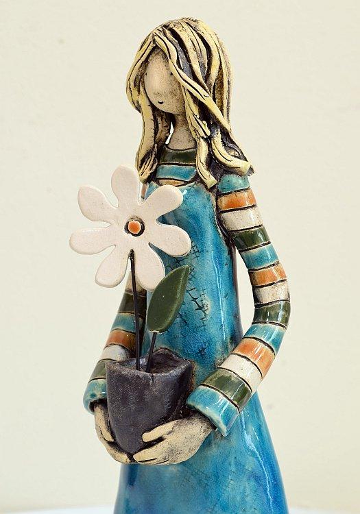 Izabell Nemechek- Momiche s tsvete- detail