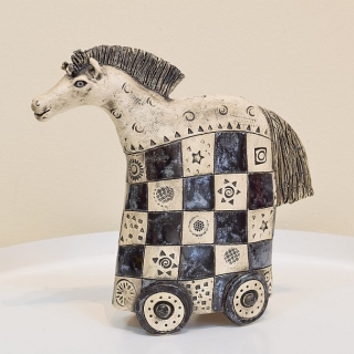 Izabell Nemechek-keramika- Konche-21x21x6