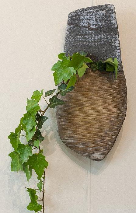NIKOLAEV-Vase-for-wall-38x17cm-2