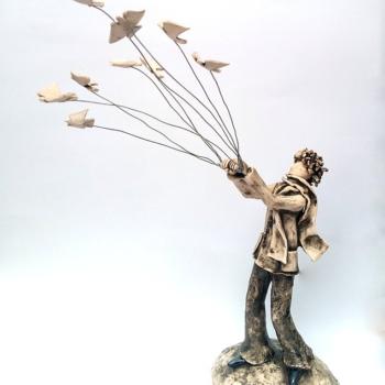Izabell Nemechek- Otlitane-keramichna skulptura-45cm
