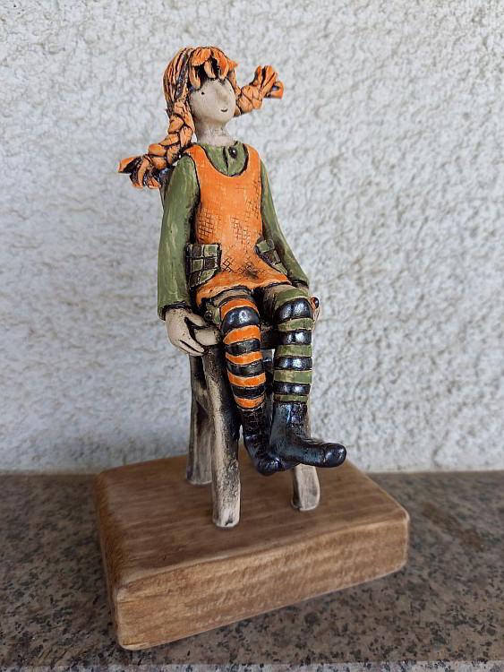 Nemechek - Pipi na stolcheto - 10x7x17cm